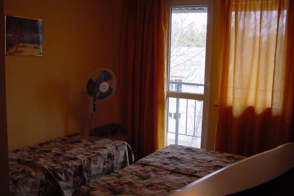 room-photo-2